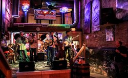 Layla's Bluegrass Inn