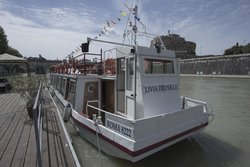 Rome Boat Experience - Day Tours