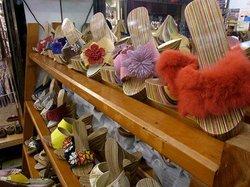 Jioufen Wooden Clog Shop