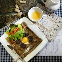 A la française Bistro Café Delikatesy