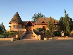 Carmela Winery Restaurant