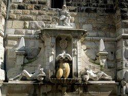 Torre e Fontana della Palata