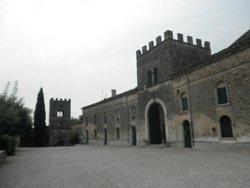 Il Borgo di Castellaro Lagusello