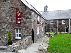 The Rhiw Goch Inn