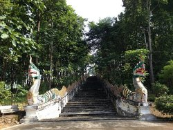 Wat Phra That Si Chom Thong