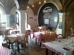 Vaults (since 1670)
