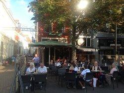 Doedel Cafe