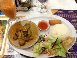 Siam Taste Thai Cuisine