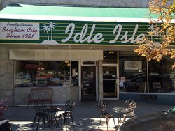 Idle Isle Cafe The