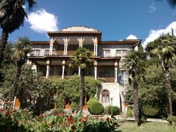 Karasan Hotel