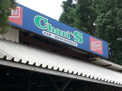 Chari's Bar y Restaurant