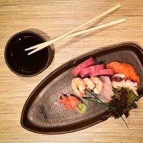 Six sushi