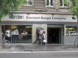 Holy Cow! Gourmet Burger Company - Bel Air