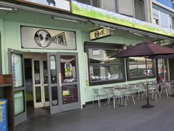 Holy Cow! Gourmet Burger Company - Plain Palais