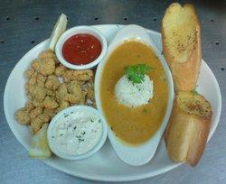 Hank's Crawfish Bar & Grill