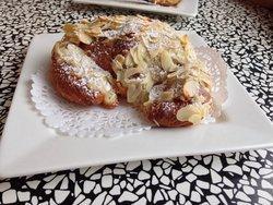 Croissanterie La Marseillaise