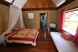 Kauehi Lodge