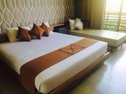 Lumphawa Amphawa Hotel