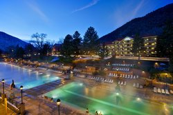 Glenwood Hot Springs Lodge