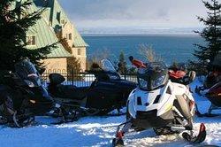 Location de motoneige / Snowmobile rental