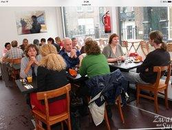 Zusjes Biologische Delicatessen, Espresso en Lunch