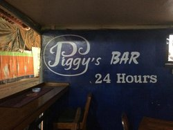 Piggy's Bar and Cafe