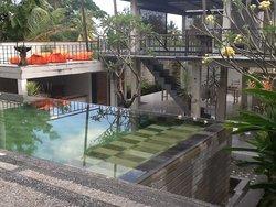 ES Studio Bali