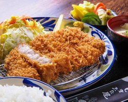 冲绳炸猪排食堂 Shimabuta屋