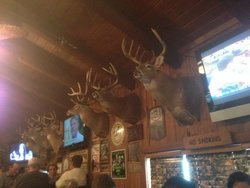 Westwoods Lodge Pub & Grill