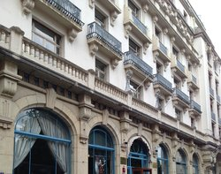 โรงแรมอเล็ทติพาเลซ