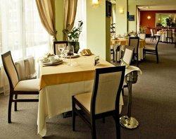 Moderato Restaurant
