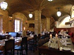 Ruina A Restaurant
