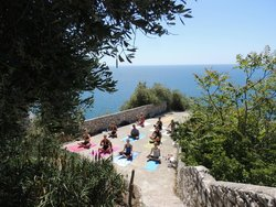 Power Yoga in Nice