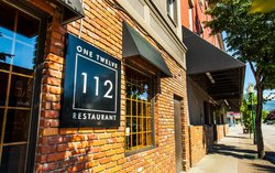 112 Restaurant and Lounge