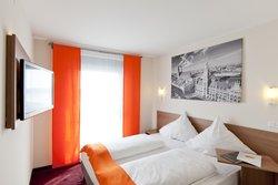 McDreams Hotel München-Messe