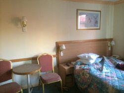Edgecliff Lodge Motel