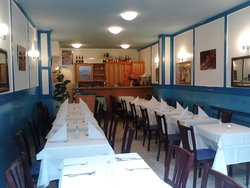 LAXMI Tandoori & Curry Restaurant