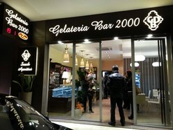 Gelateria Bar 2000