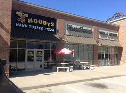 Woody's Pizza