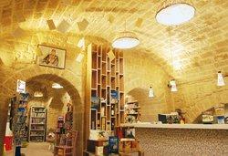 LUNA DI SABBIA, libri & caffé