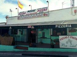 Pizzeria y Asador de Pollos