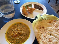 Wow Naan N Curry