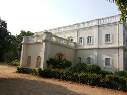 royal oasis hotel