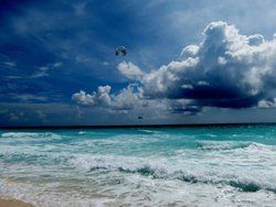 Kiteboarding Cancun