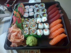 BE SUSHI WITH LOVE