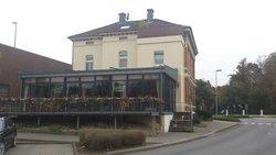 Cafe Villa Restaurant