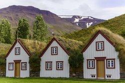 The Old Farmhouse Laufas