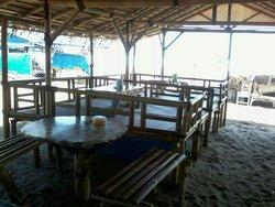 Cafe La De Pin