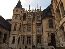 Hotel de Bourgtheroulde