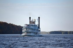 Mississippi Explorer River Boat Cruises